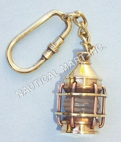 VINTAGE BRASS LANTERN KEY CHAIN