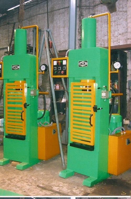 Digital Load Testing Machine
