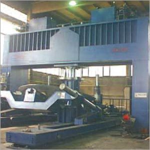 Hydraulic Press With Manipulators
