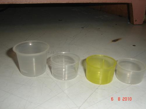 Plastics Measuring Cups