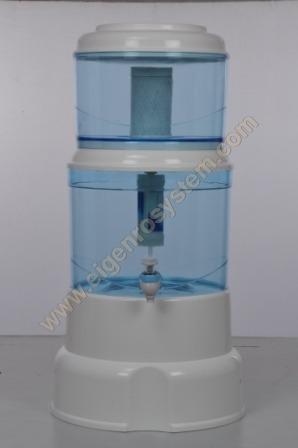 Eigen Mineral Water Pot