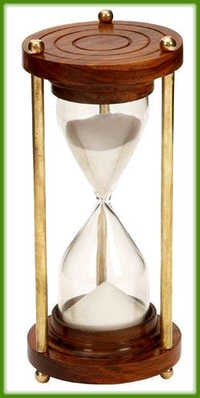 10 Minute Sand Timer Metal and wood Hour Glass