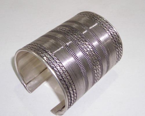 Metal Cuff