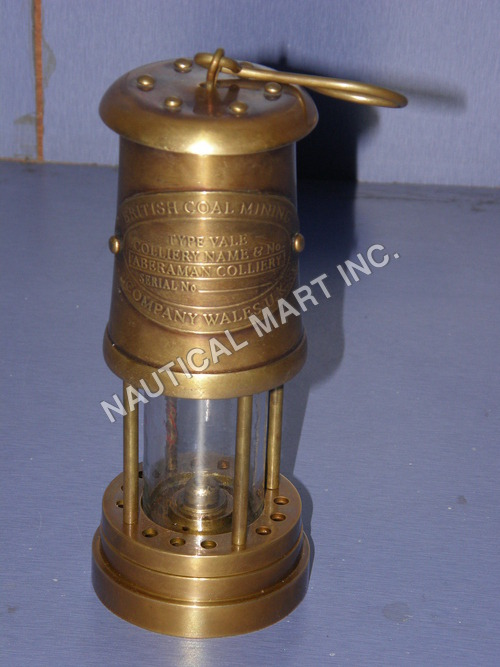 VINTAGE ALUMINUM BRASS FINISHED LENTERN