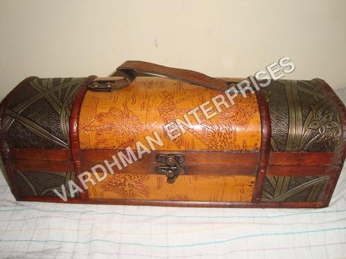 Wooden Sanduk
