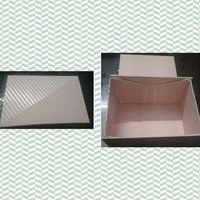 Folding box for hampers