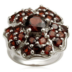 Designer Silver rings online in garnet ring