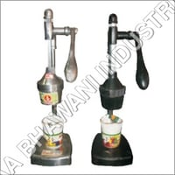 Domestic Hand Press Juicer