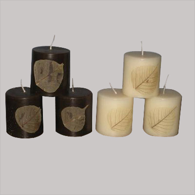 Dry Leaf Candle