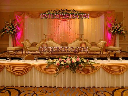 ROYAL WEDDING GOLDEN STAGE SET
