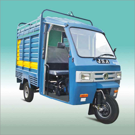 Three Wheeler Goods Carrier
