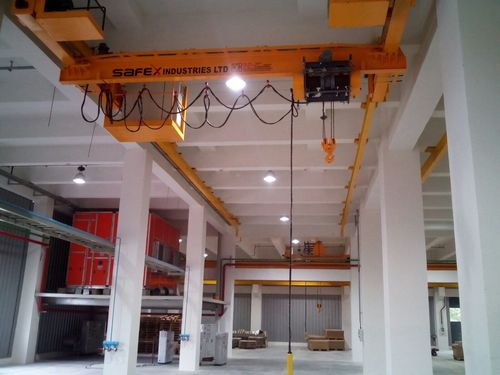 Underslung EOT Crane