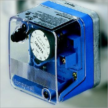 GAS BURNER BLOWER AIR PRESSURE  SWITCH DUNGS