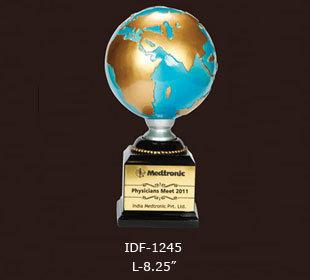 Medtronics globe Award