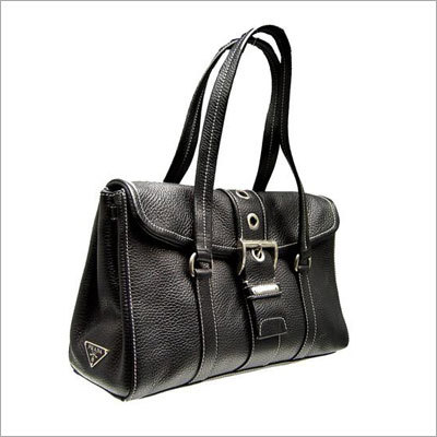 4fe8a8f69a28 Exporter of Leather Bags from Chennai by Design Chancellor s