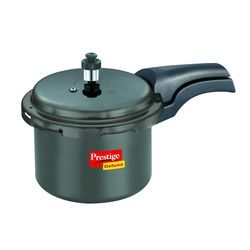 Deluxe Hard- Anodized Pressure Cooker 3.5 Lt