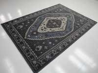 Handknotted Traditional Rugs