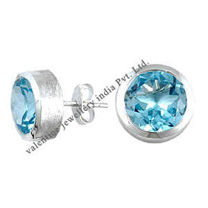 Blue topaz studds in silver