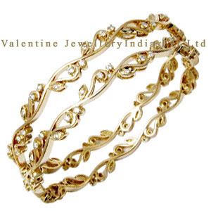 Designer Gold Round Diamond Bangle Supplier