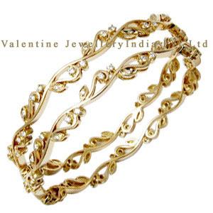 Designer Gold Round Diamond Bangle Supplier