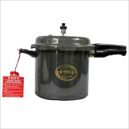 9 Litre Pressure Cooker