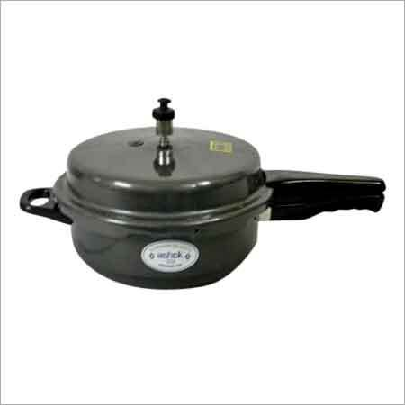 4 Litre Hard Anodized Pressure Cooker