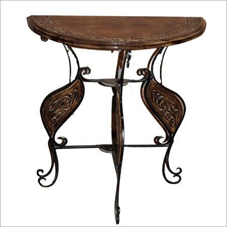 Handicraft Wooden Table