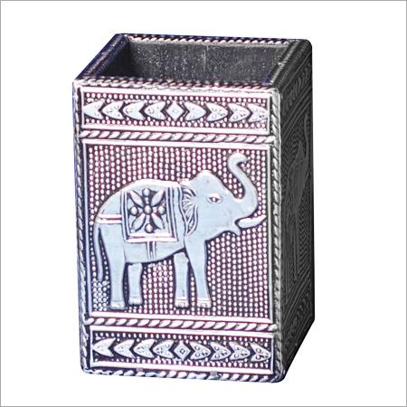 Square Pen Box