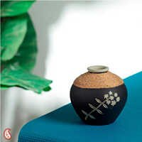 Stylish Pot Designed with Jute