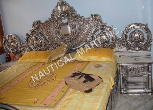 VINTAGE BED SET BED ROOM