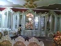 VINTAGE ALMIRA WITH MIRROR