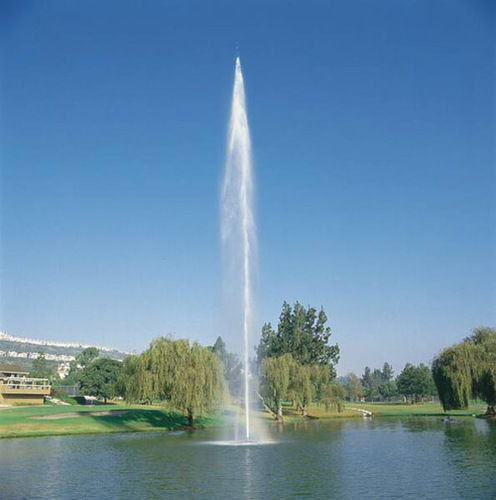 High vertical floating jet fountains