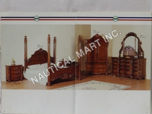 VINTAGE WOODEN ANTIQUE BED ROOM SET