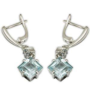 blue topaz dr CZsilver earring with english lock,