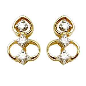 small diamond yellow gold earring design for dailywear