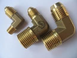 ELBOW MALE BRASS