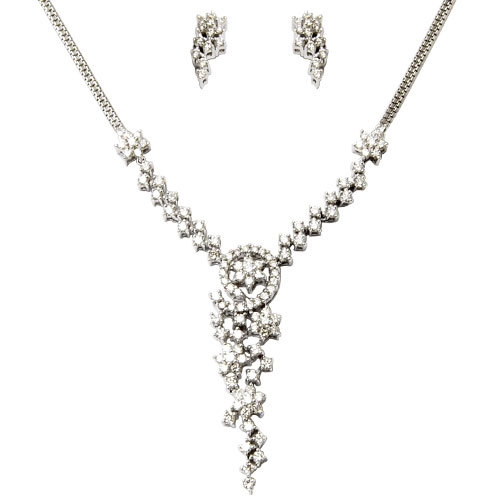 White Gold Diamond Light Weight Necklace Set