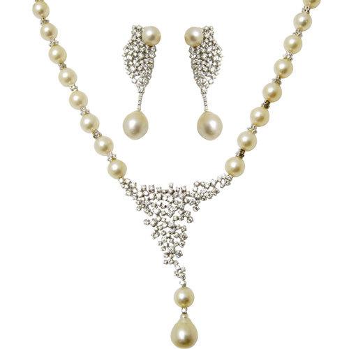 Standard White Pearl Diamond Necklace Jewellery