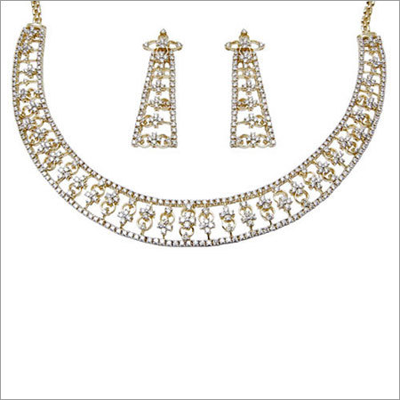 Brilliant Diamond Yellow Gold Necklace Earring Set