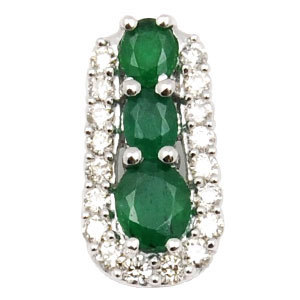 real diamond and emerald pendant, rich look emerald diamond pendant, small precious pendant