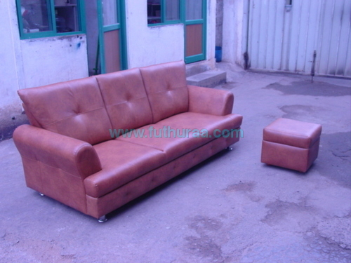 Sofa with puffy