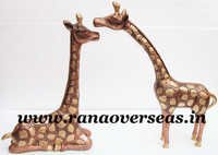 Aluminium Metal Pair of Giraffe in Sitting and Standing in Embossed Work in 17 and 18 Inch