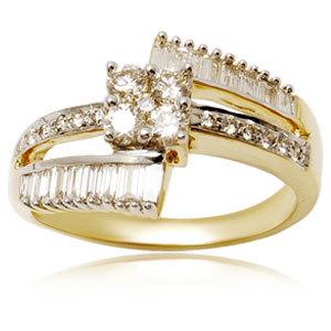 Pretty Designer Diamond Women Ring