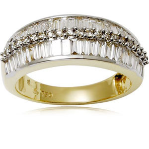 Baguette and Round Cut Diamond Ring