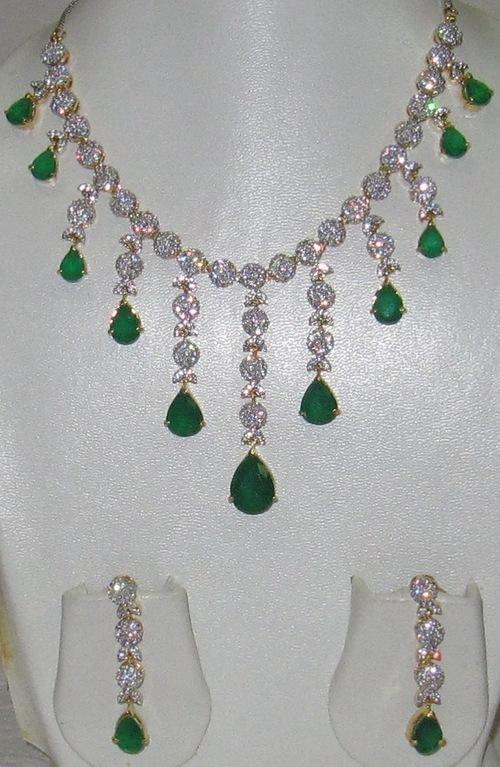 AD Emerald Necklace Set