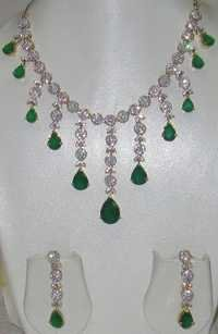 AD Emerald Necklace Set