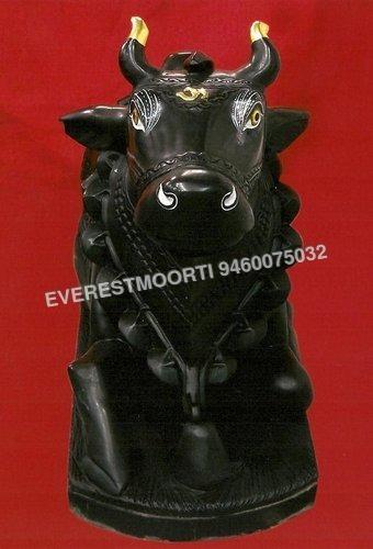 Black Nandi statue