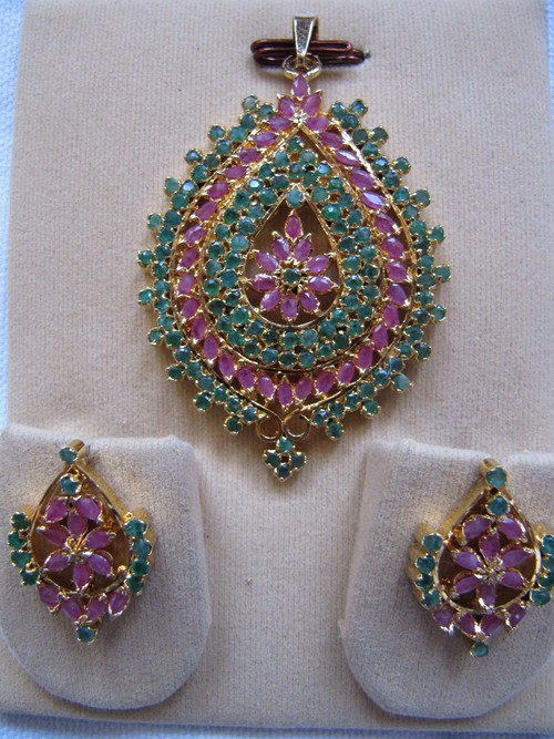 Ruby Emerald Ethnic Pendant Set