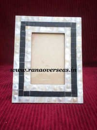 Sea Shells pasted Wooden Photo Frame