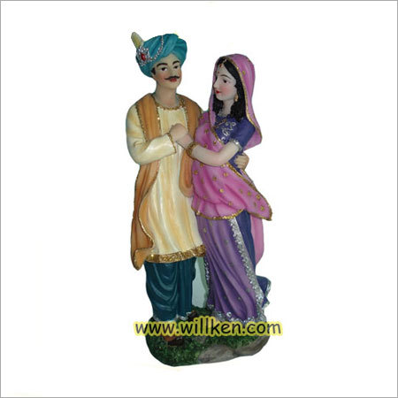 Polyresin Couple Figurines